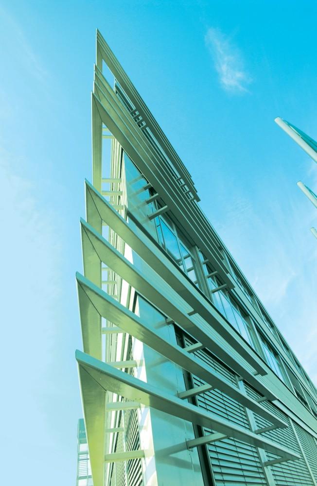 Das Unternehmen Formel D - Vorstellung des Firmensitzes und der Mitarbeiter sowie Impressionen aus dem Arbeitsalltag und von Fortbildungen